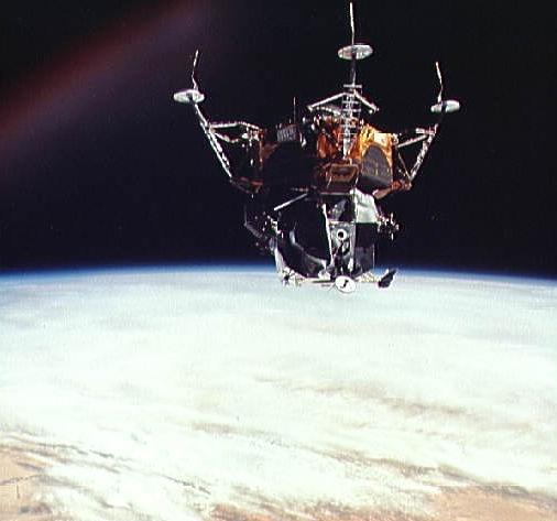 Apollo 11 The NASA Mission Reports Vol 2   amazoncom